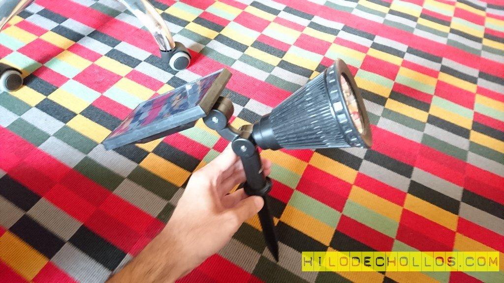Video review lámpara solar LED para exteriores AUKEY
